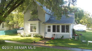 400  Arnold  Street, WEST CONCORD