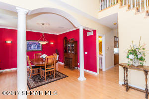 2926  Mayowood Common SW Circle, ROCHESTER