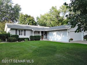 758  Rolling Green  Drive, OWATONNA