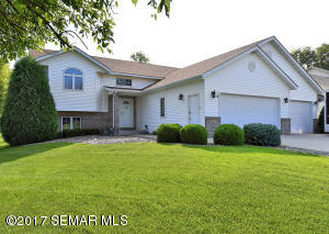 2045 Mineral Springs NE Parkway, OWATONNA