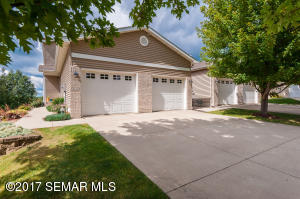 3132  River Falls NW Court, ROCHESTER