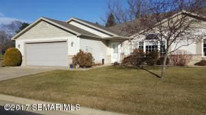 4541  Meadow Lakes NW Lane, ROCHESTER