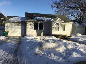 211  Independence S Avenue, CLARKS GROVE