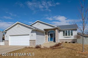 4909  Manor Brook NW Drive, ROCHESTER