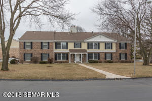 2051  Carriage SW Drive, ROCHESTER