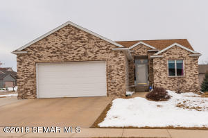 4541 Manor Woods NW Place, ROCHESTER