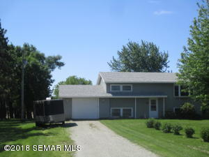 16739  660th  Street, DODGE CENTER