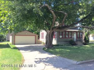 813  Clausen  Avenue, ALBERT LEA