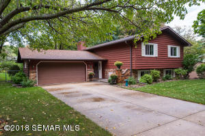 4205  Manor View NW Drive, ROCHESTER