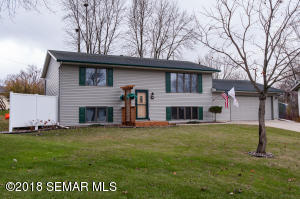 427  40th Ave NW Lane, ROCHESTER