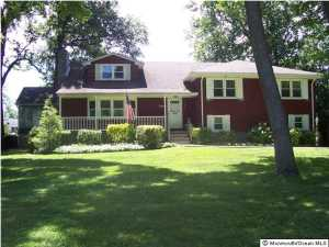 Photo of home for sale at 15 Mitchell Place Place, Little Silver NJ
