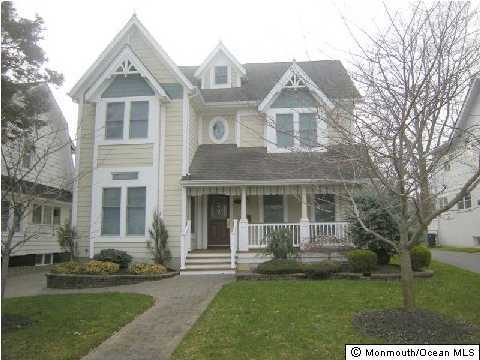 Photo of home for sale at 413 St Clair Avenue Avenue, Spring Lake NJ