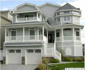 Photo of home for sale at 1618 Beacon Lane Lane, Point Pleasant Beach NJ
