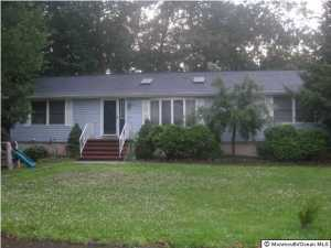Photo of home for sale at 50 Buchanan Street Street, Lakewood NJ