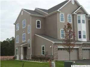 Photo of home for sale at 324 Hawthorne Lane Lane, Barnegat NJ