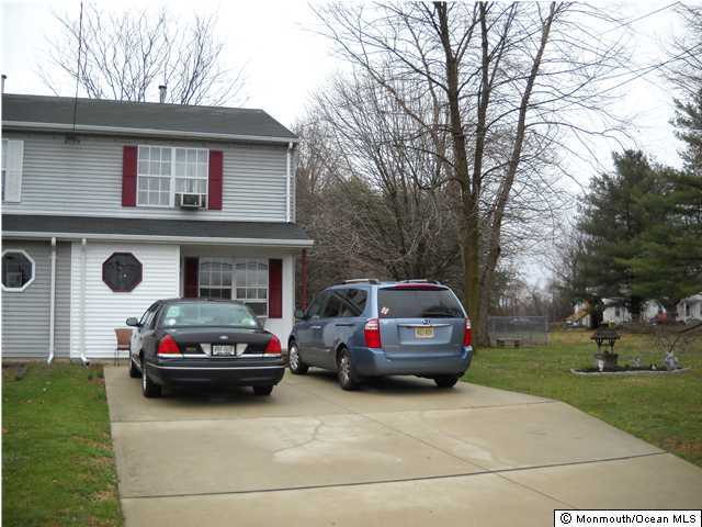 Photo of home for sale at 7 Saylors Pond Road Road, Wrightstown NJ