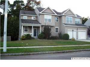 Photo of home for sale at 10 Greenside Drive Drive, Little Egg Harbor NJ