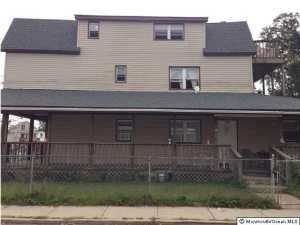 Photo of home for sale at 17 Fox Avenue Avenue, Keansburg NJ