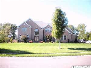 Photo of home for sale at 2222 Ponybrook Way Way, Toms River NJ