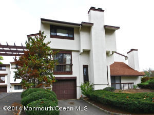 Photo of home for sale at 88 Tower Hill Drive Drive, Red Bank NJ