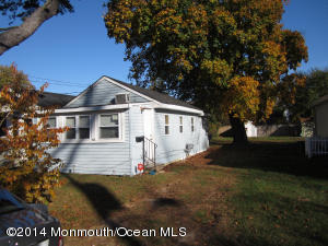 Photo of home for sale at 112 6th Avenue Avenue, Spring Lake Heights NJ