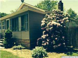 Photo of home for sale at 14 Station Street Street, Englishtown NJ