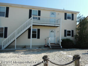 Photo of home for sale at 463 Morris Boulevard Boulevard, Beach Haven West NJ