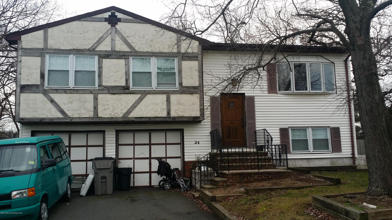 Photo of home for sale at 24 Stonehurst Terrace Terrace, Hazlet NJ