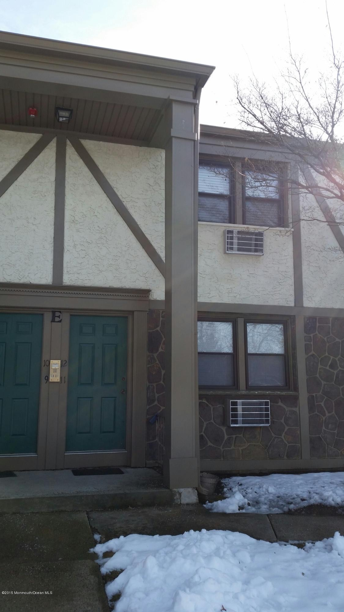 Photo of home for sale at 520 Cliffwood Avenue Avenue, Matawan NJ