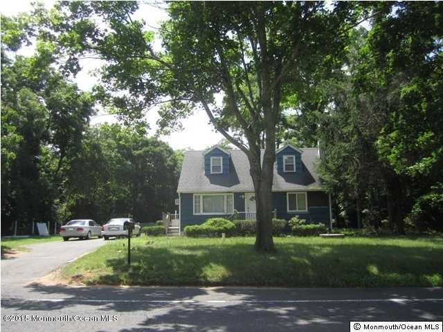 Photo of home for sale at 122 Dutch Lane Road Road, Marlboro NJ