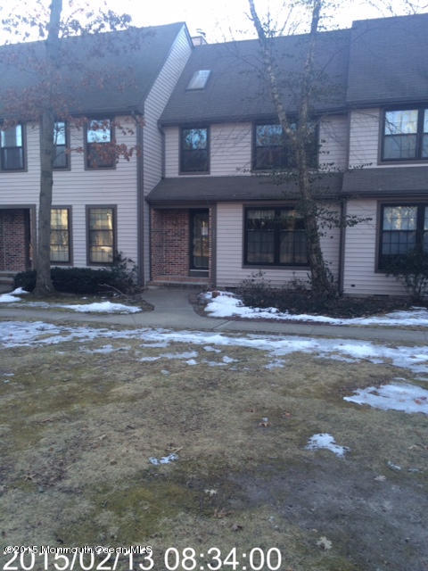 Photo of home for sale at 802 Bent Trail Trail, Toms River NJ