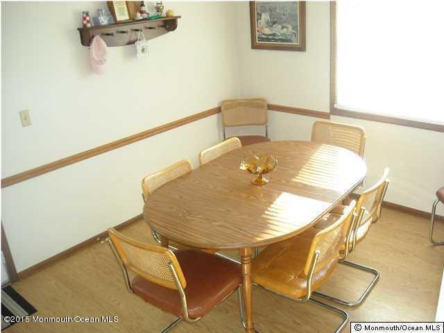 Photo of home for sale at 1003 Grand Central Avenue Avenue, Lavallette NJ