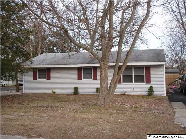 Photo of home for sale at 108 4th Street Street, Barnegat NJ