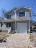 Photo of home for sale at 102 Leonard Avenue Avenue, Neptune Township NJ