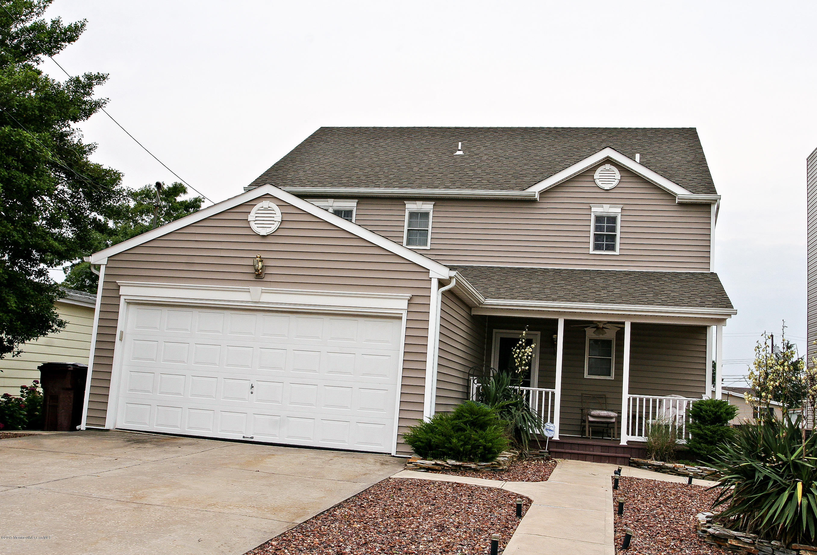 Photo of home for sale at 69 Carlyle Drive Drive, Bayville NJ