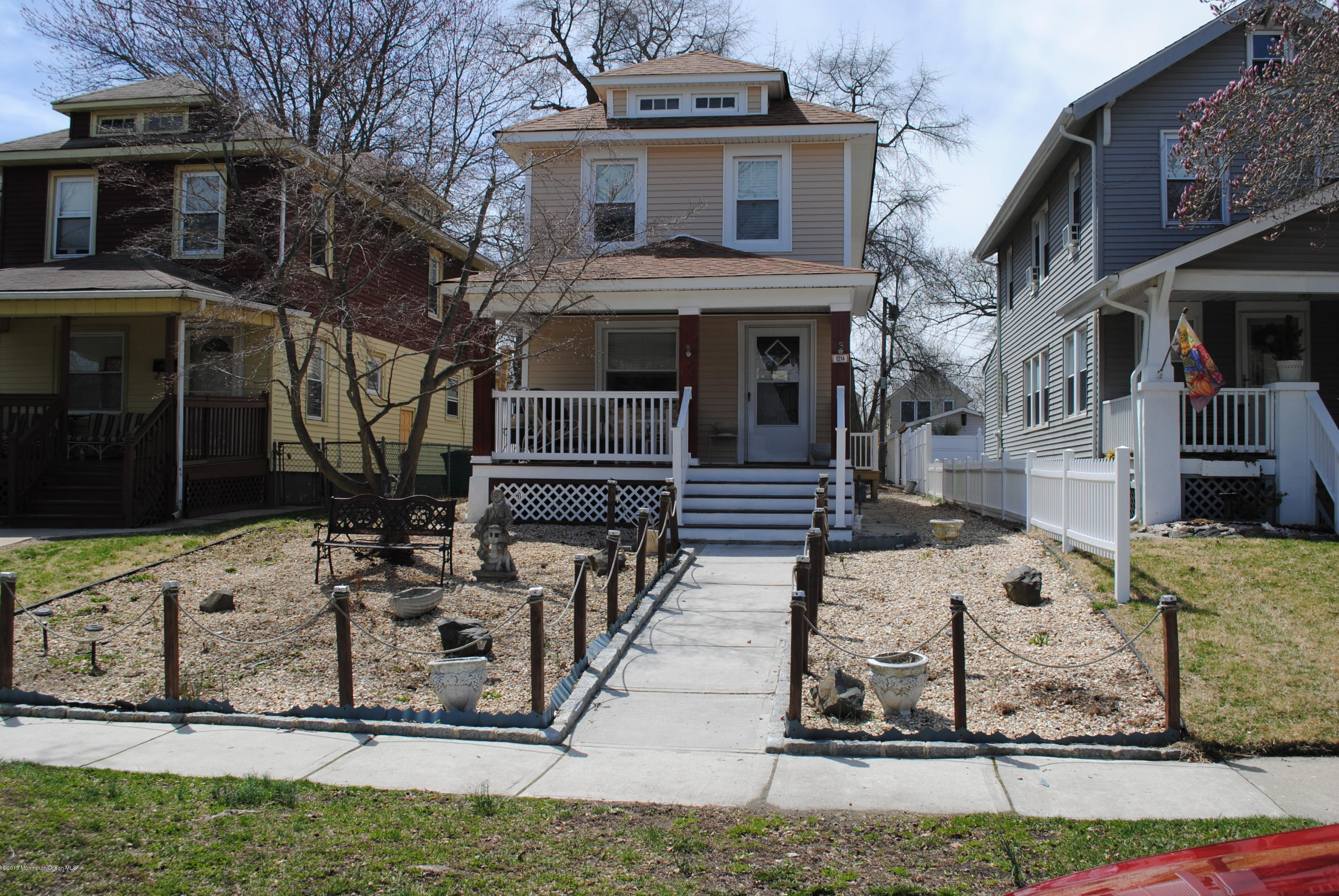 Photo of home for sale at 1214 2nd Avenue Avenue, Asbury Park NJ