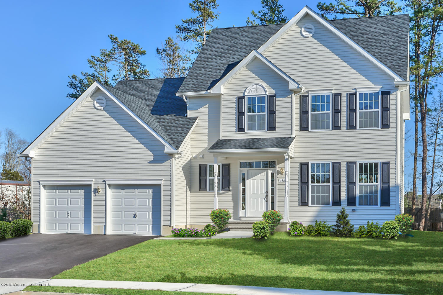 Photo of home for sale at 168 Darryl Drive Drive, Little Egg Harbor NJ