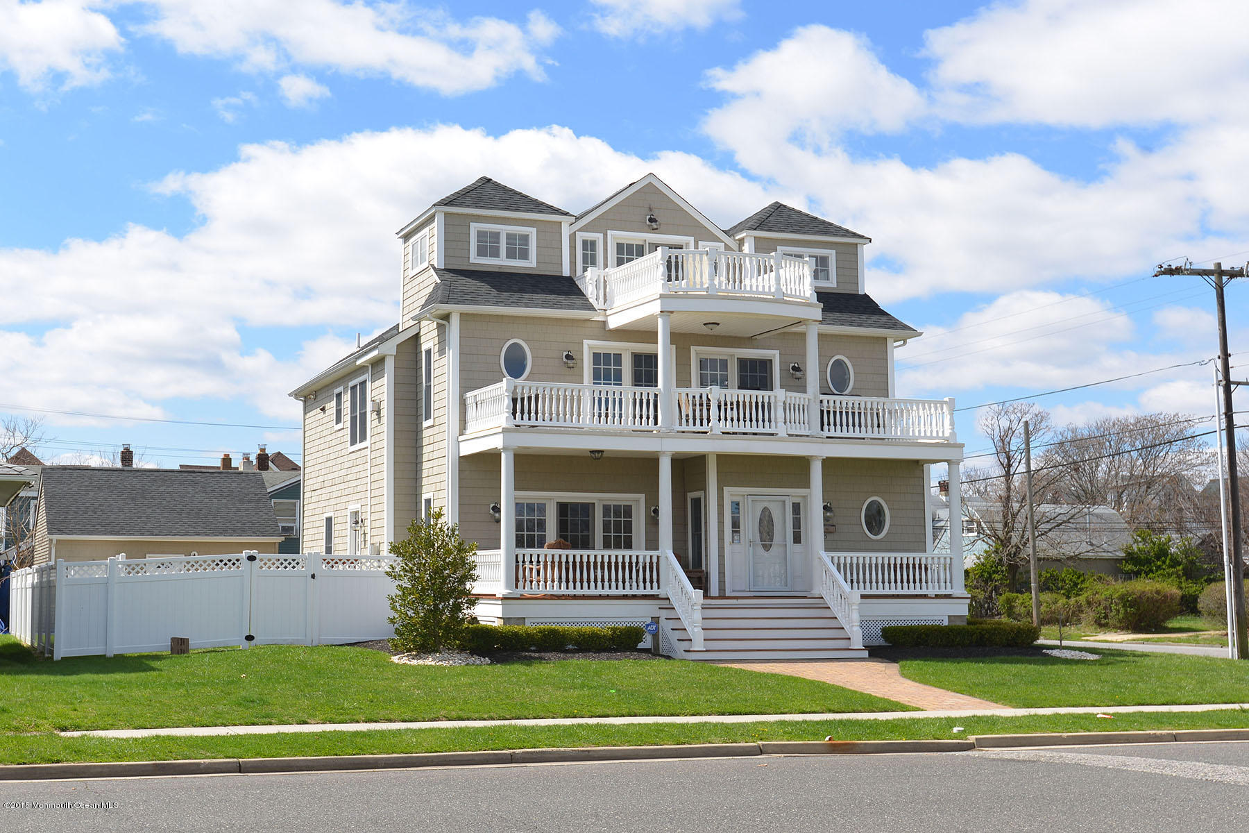 Photo of home for sale at 115 10th Avenue Avenue, Belmar NJ