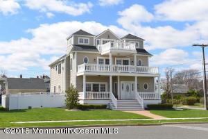 Photo of home for sale at 115 10th Avenue Avenue, Belmar NJ