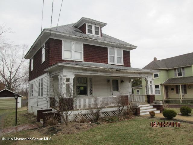Photo of home for sale at 126 Church Street Street, Middletown NJ