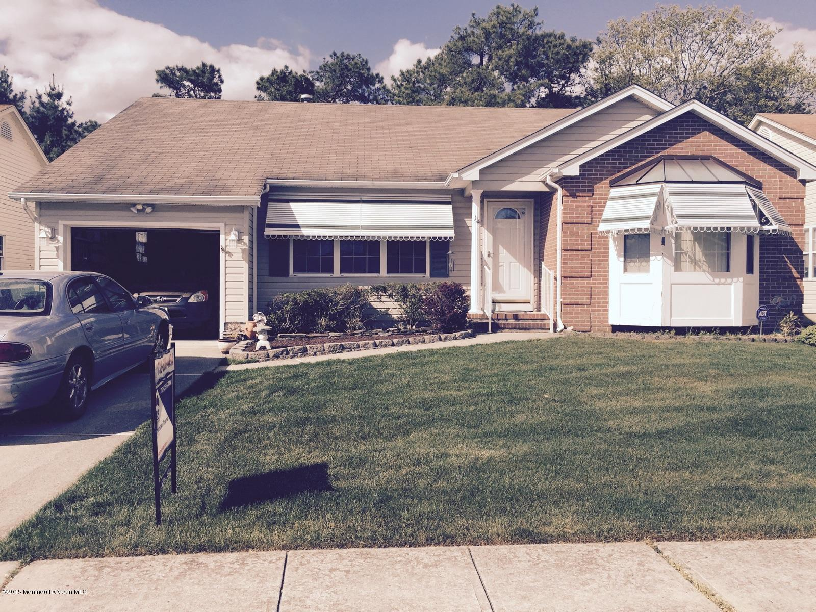 Photo of home for sale at 114 Westport Drive Drive, Toms River NJ