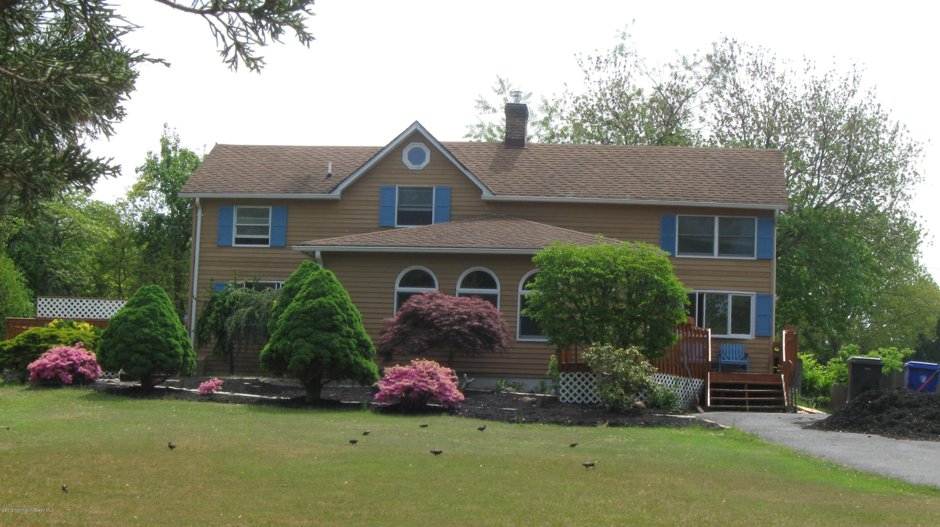 Photo of home for sale at 567 Princess Court Court, Toms River NJ