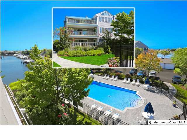 Photo of home for sale at 105 Bay Point Harbour, Point Pleasant NJ