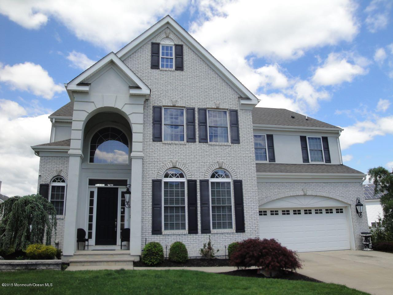 Photo of home for sale at 45 Bracken Court Court, Howell NJ