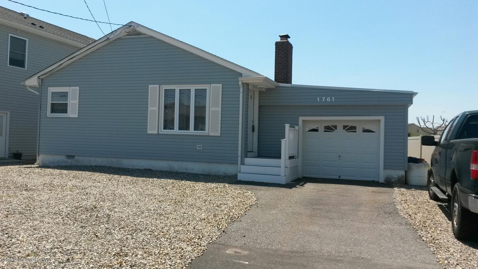 Photo of home for sale at 1761 Bay Isle Drive Drive, Point Pleasant NJ