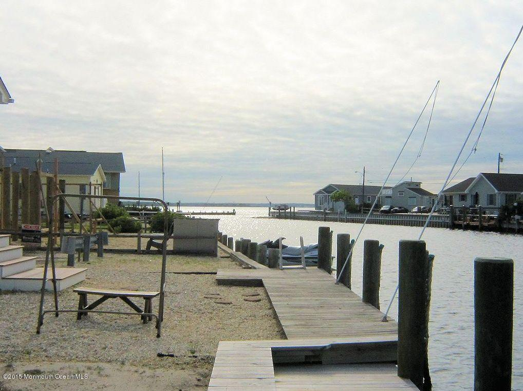 Photo of home for sale at 3213 Marine Road Road, Lavallette NJ