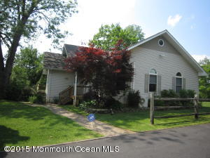 Photo of home for sale at 578 Dublin Road Road, Jackson NJ
