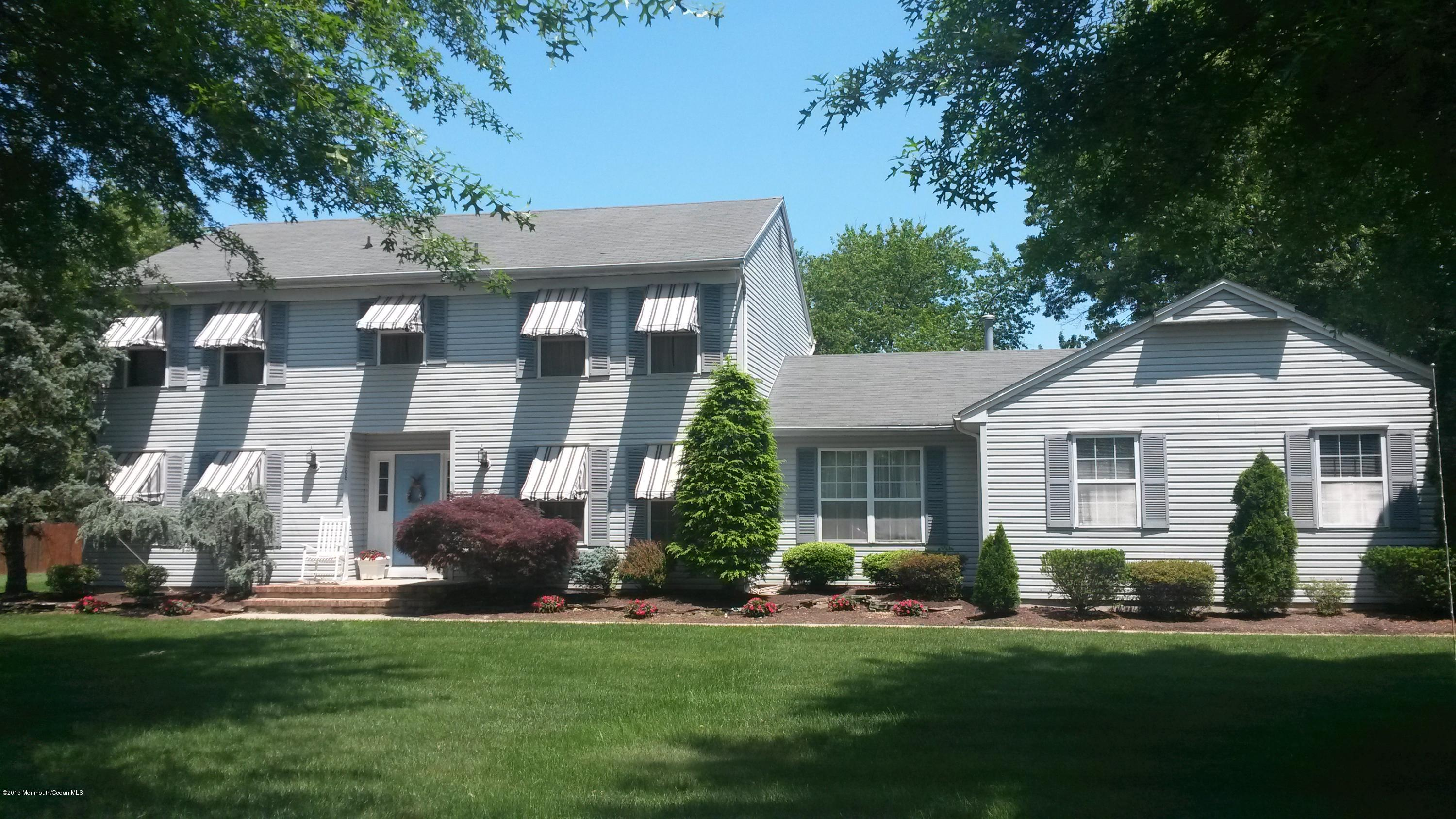 Photo of home for sale at 1188 Windham Court Court, Toms River NJ