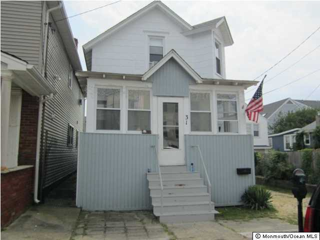 Photo of home for sale at 31 Webster Avenue Avenue, Seaside Heights NJ