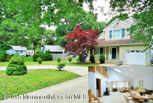 Photo of home for sale at 211 Harding Avenue Avenue, Toms River NJ